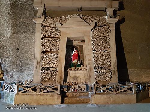 Cimitero delle Fontanelle - 3
