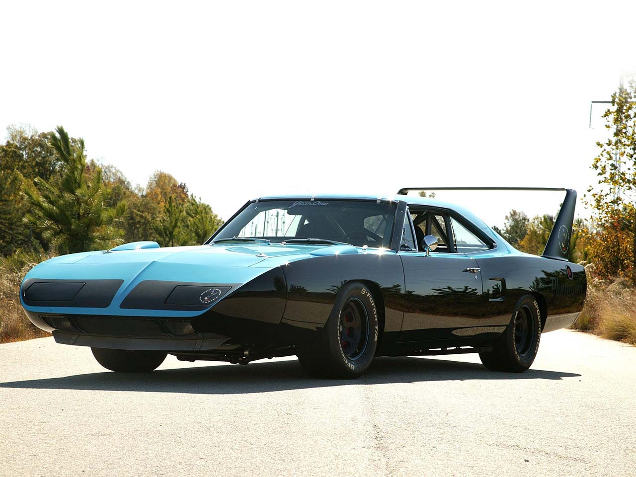 20 Classic U0026 Badass Muscle Cars That Will Never Get Old #5: Plymouth Super