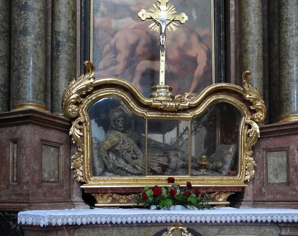 Reliquien in der basilika waldsassen is a