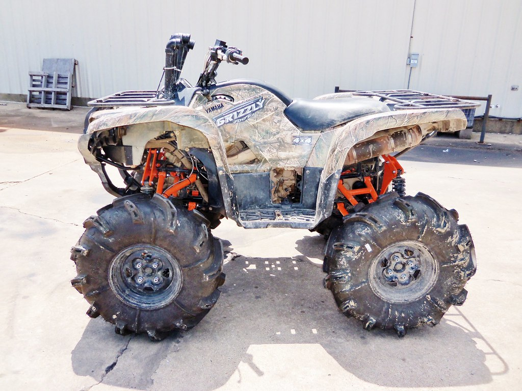2013 Grizzly 700 Lifted: Yamaha Grizzly 700 Lift