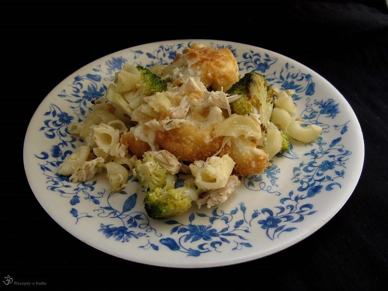 Cestoviny zapecene s brokolicou a kuracim masom z polievky