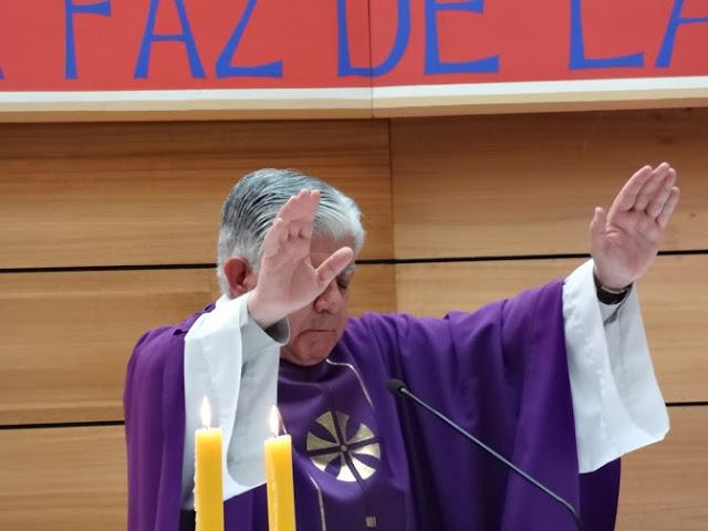 """La bendición con la Oración """"super populum"""""""