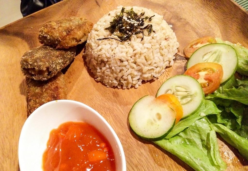 Lunhaw Vegan Cafe, Cebu-10