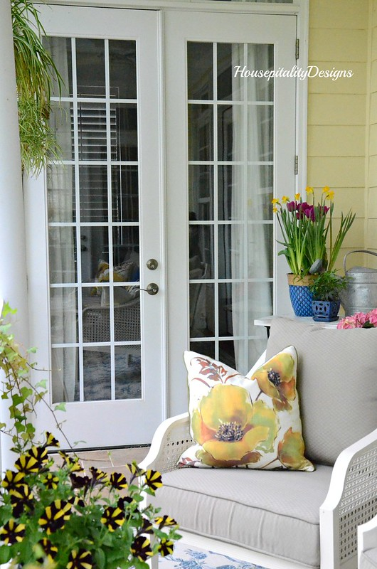 Spring Porch 2017-Housepitality Designs