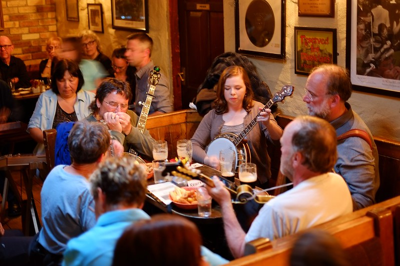 Ireland music pub