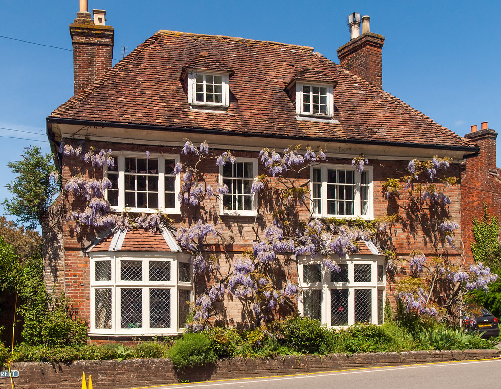 Beautiful 17th century Wisteria House in Whiteparish, Wilt ...