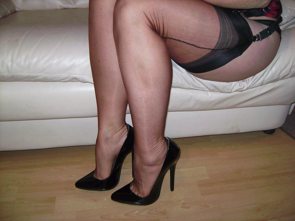 Mature fully fashioned nylons table top show