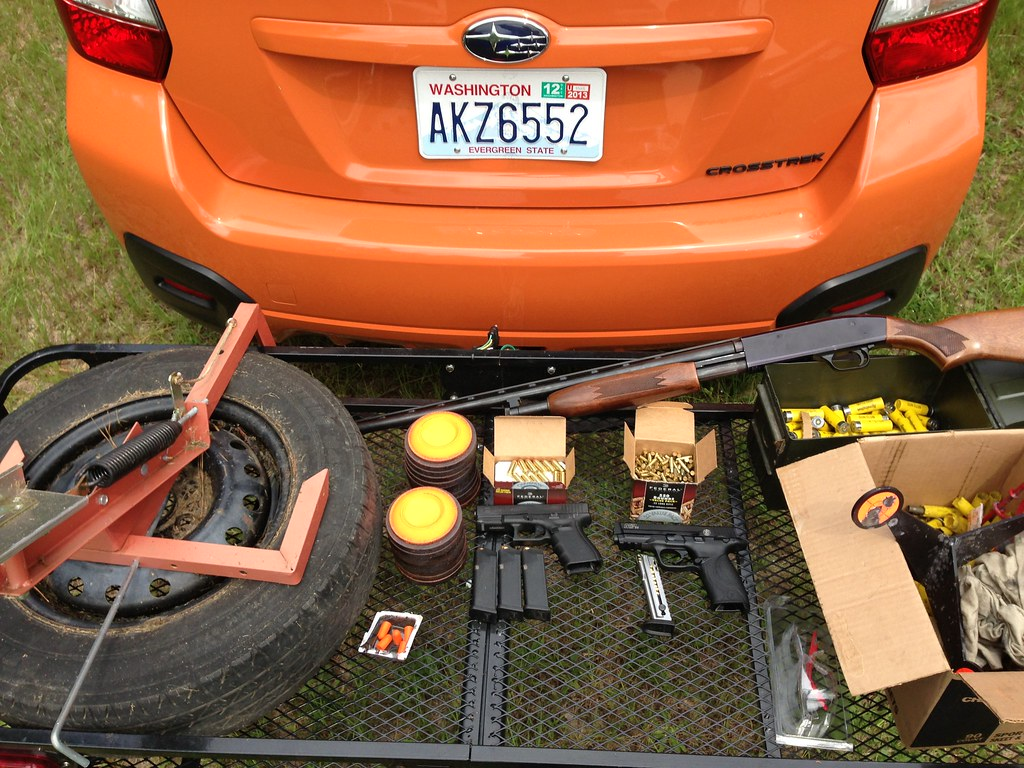 Subaru Crosstrek Ecohitch Hidden Ecohitch Trailer Hitch F Flickr