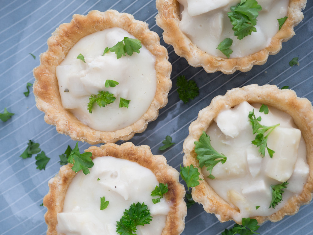 Recipe for Homemade Danish Chicken and Asparagus Tartlets (Tarteletter)