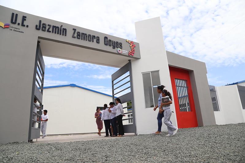 Inauguración U.E. Siglo XXI Jazmín Zamora-Pedernales