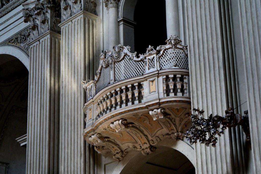 Les loges de la cathédrale de Bologne.