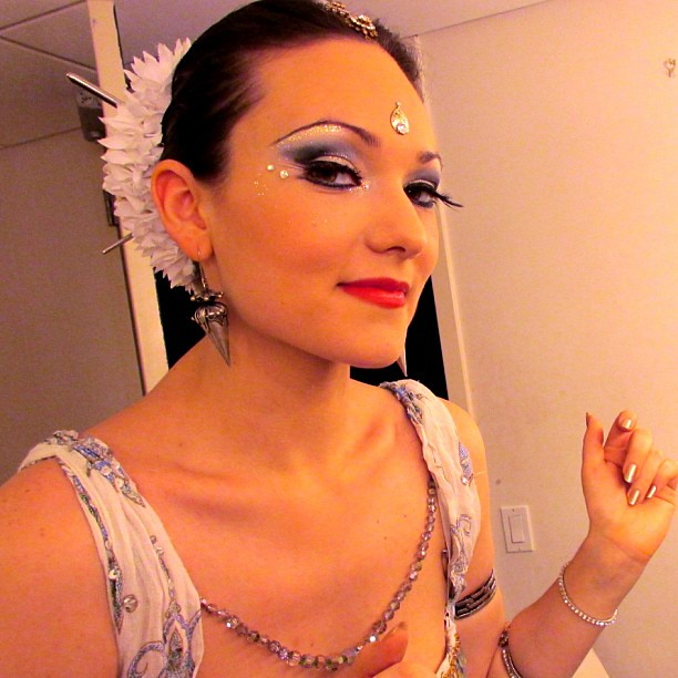 Irina Akulenko Getting Ready For A Bellydance Odissi Fus