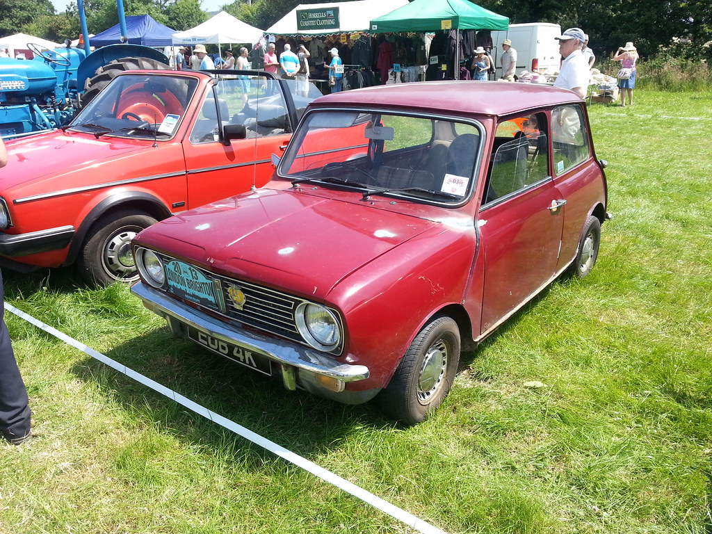 1971 austin mini clubman i 39 ve come to the conclusion the flickr. Black Bedroom Furniture Sets. Home Design Ideas