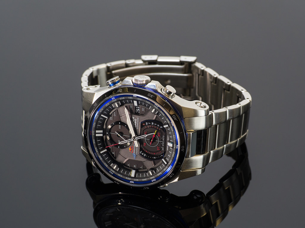 casio edifice red bull racing limited edition erman. Black Bedroom Furniture Sets. Home Design Ideas