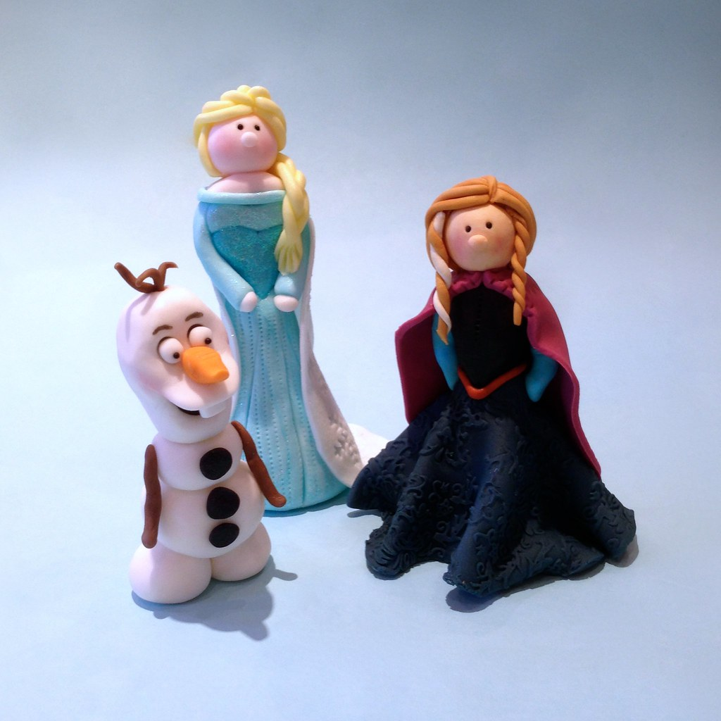 Disney Frozen Cake Toppers Inspired by the latest Disney ...