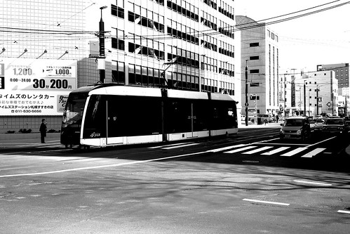 Tramcars in Susukino area, Sapporo on APR 16, 2017 (7)