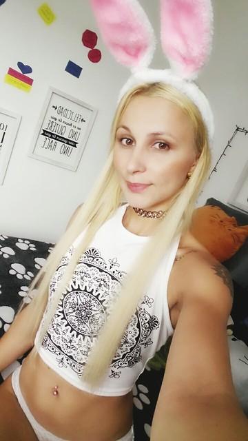 Naughty girl cam