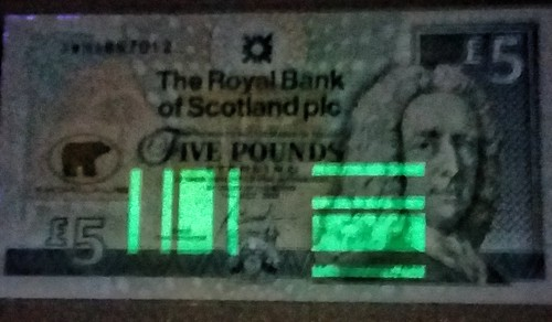 UV image Scotland banknote