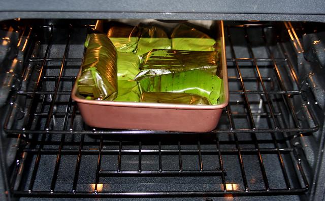Salmon a la hoja de bananero con salsa de maracuya (5)