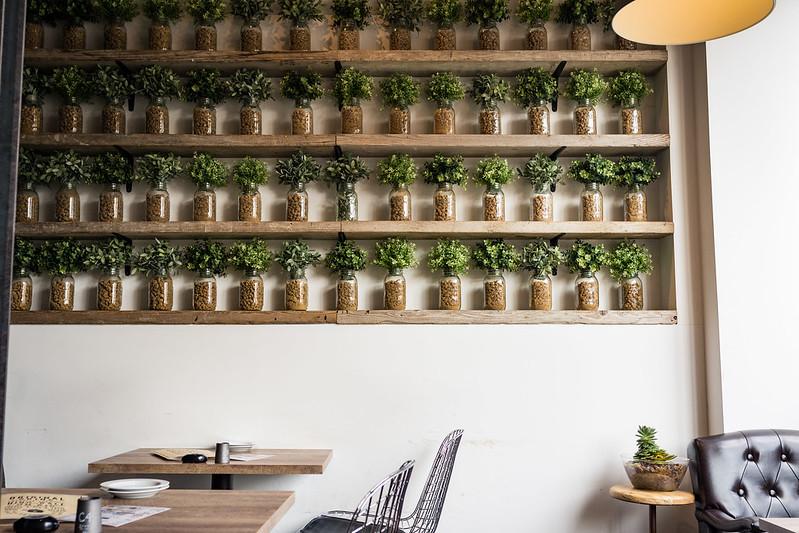 YR CAFE内装の写真