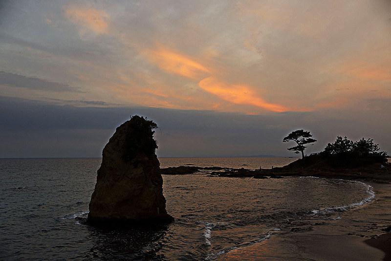 三崎巡り 立石の夕日