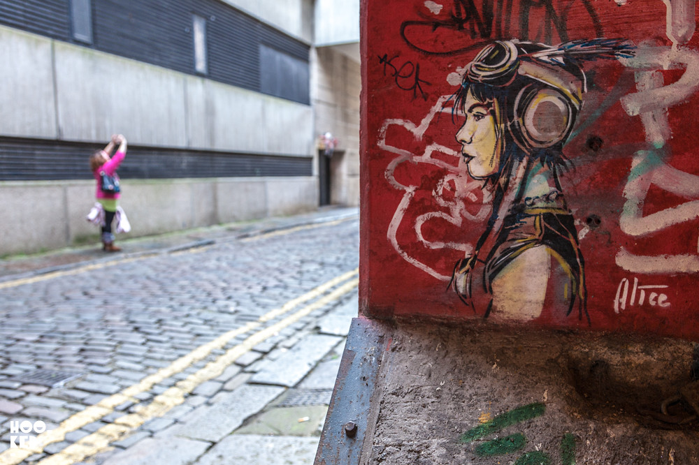 Alice Pasquini, Street Art Stencils in Aberdeen, Scotland. Photo ©Hookedblog /  Mark Rigney