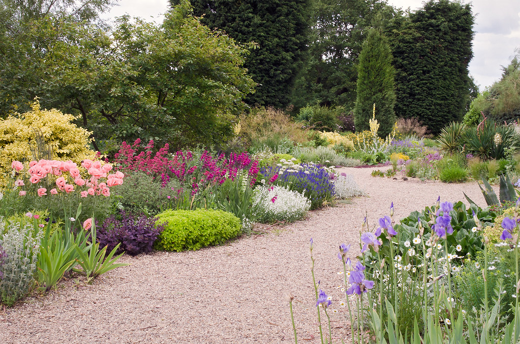 ... Dry Gardens In England (3 Of 21) | Beth Chatto Gardens, Essex,