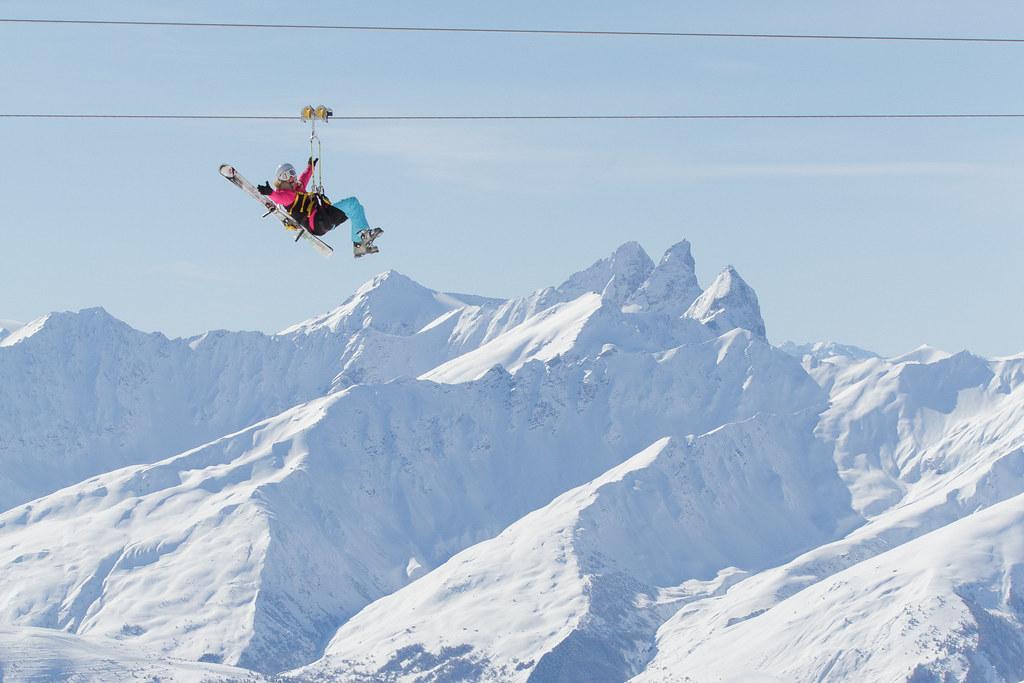 Tyrolienne c cattin ot val thorens 007 office de tourisme de val thorens flickr - Office de tourisme val thorens ...