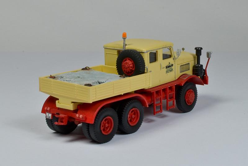 Camiones, transportes especiales y grúas de Darthrraul 32825528464_af46a32807_c