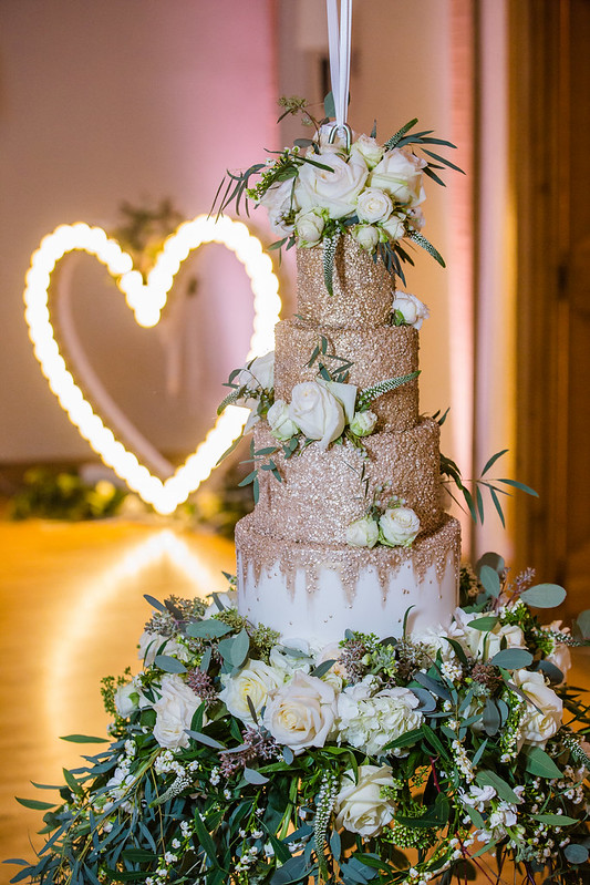 Wanderlust Us Travel Blog - Winter Wedding Bassmead Manor Barns - Suspended Wedding Cake