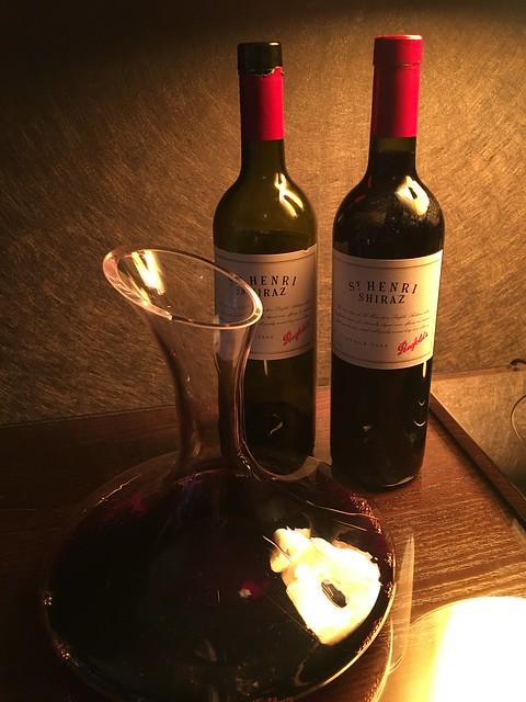 Michelin 055  Shiraz red wine