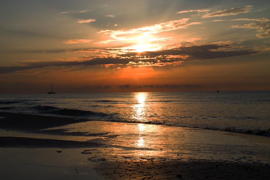 Amanecer en oropesa del mar castellon julio 2013 rocio - Mare castellon ...