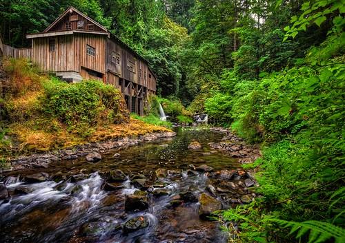 Summer at the cedar creek grist mill www for The cedar mill