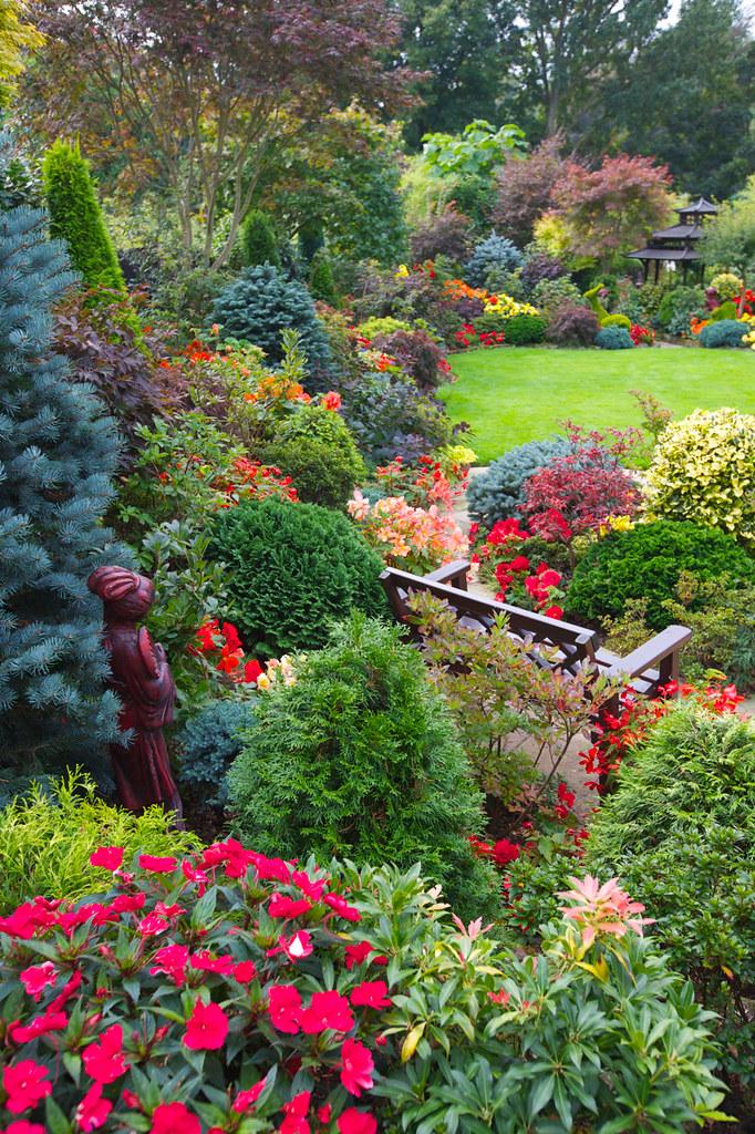 Garden Side Border Early Autumn