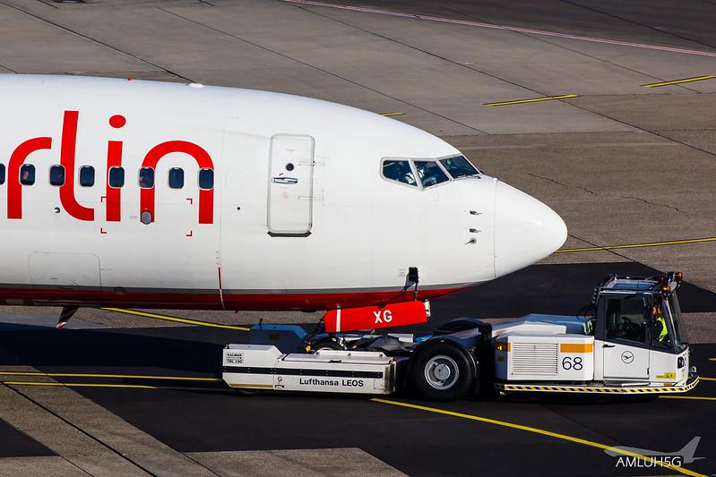 Air Berlin - B737 - D-AHXG (2)