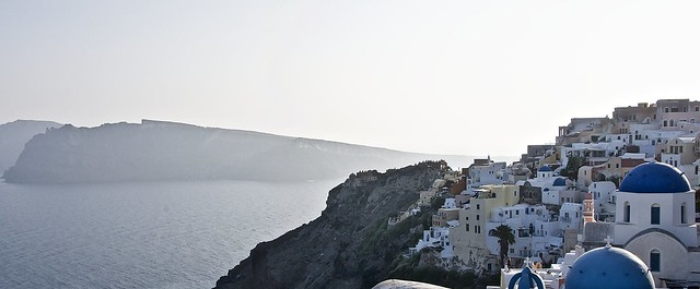 The dreamy town of Oia, Santorini, Greece