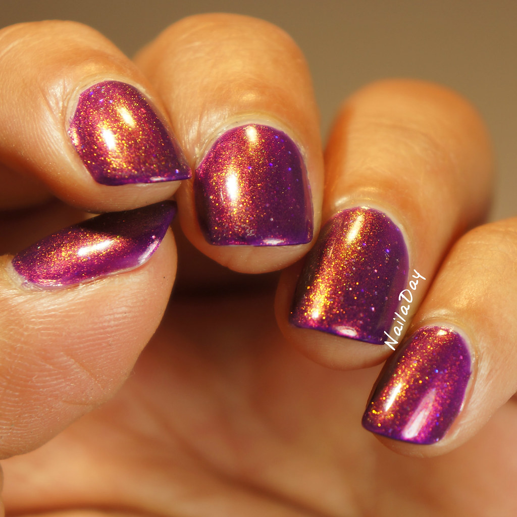 NailaDay: Tonic Polish Lula with ILNP The Magician