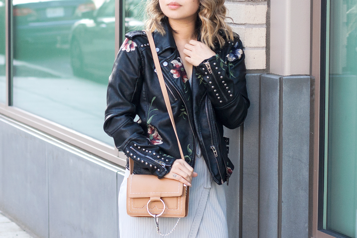 02-floral-studs-leatherjacket-travel-fashion-style