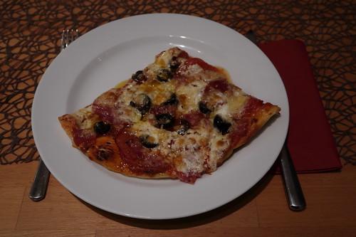 Pizza mit Burrata (mein Stück)