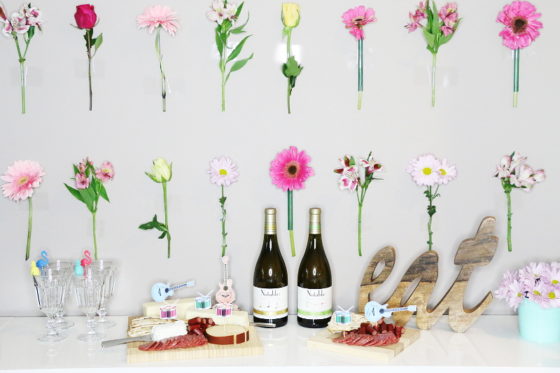 music-festival-theme-wine-party-flower-wall-5