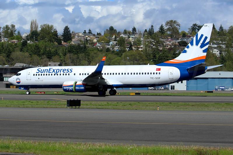 Boeing 737-8HC(WL) SunExpress TC-SOF LN6377