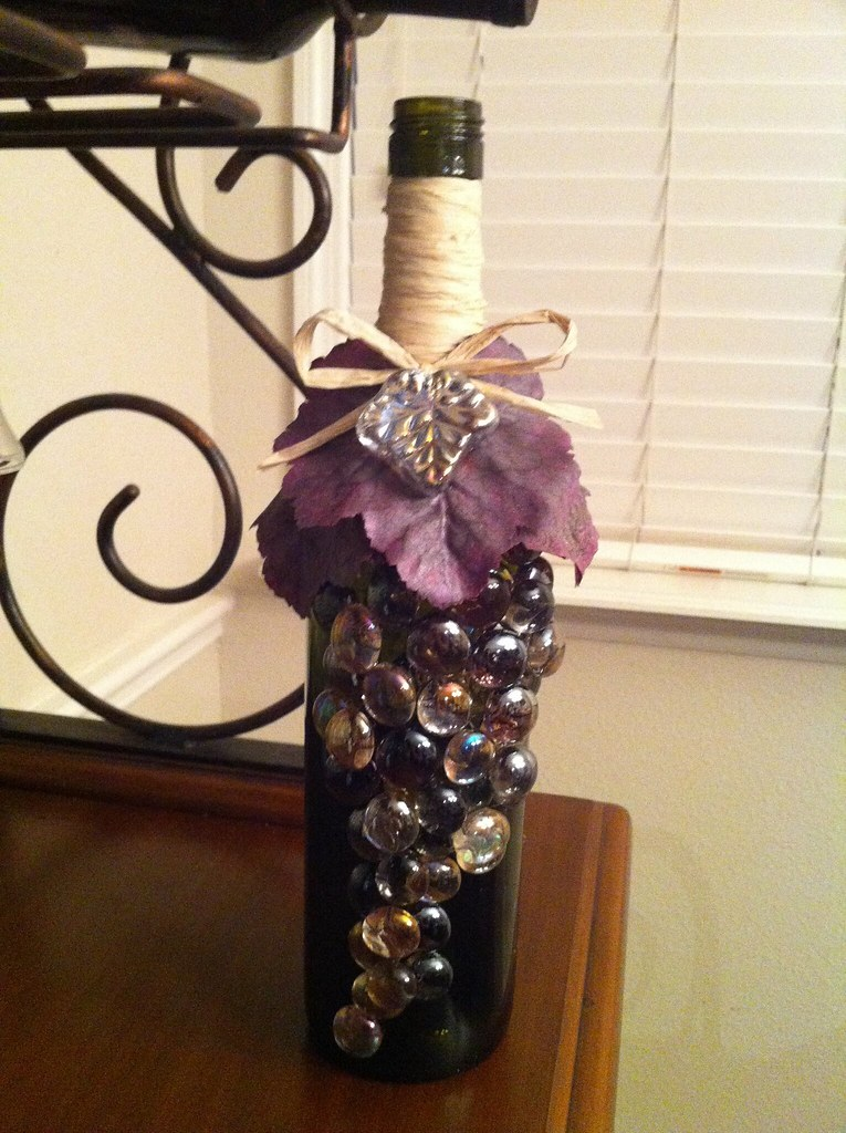 Wine bottle craft shelly flickr for Crafts with corks from wine bottles