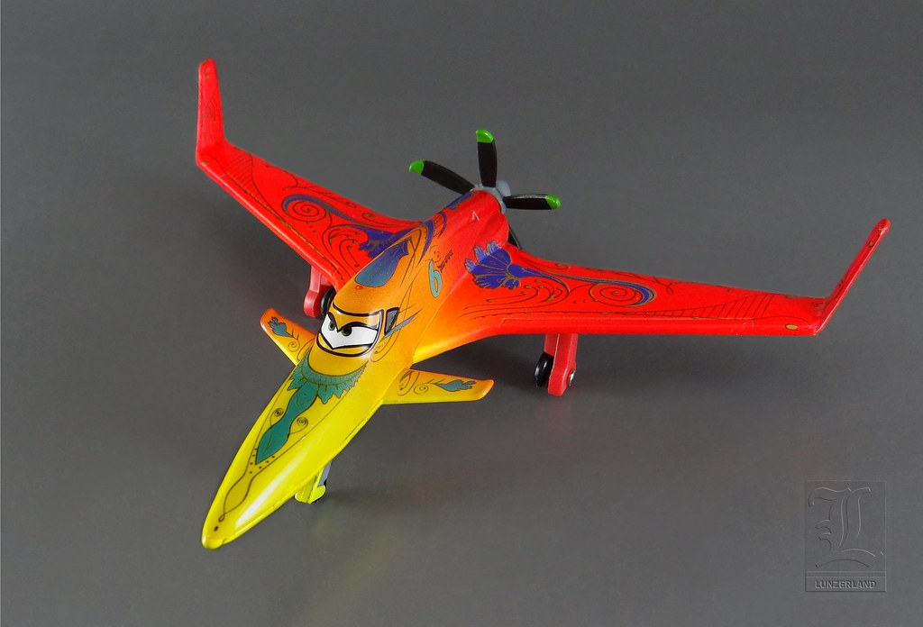 Disney ~ ISHANI from the movie Planes - 1:43 scale die cas ...