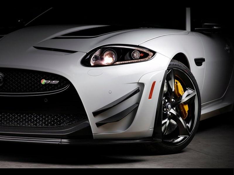 ... 2014 Jaguar XKR S GT (14) | By MAGNISS