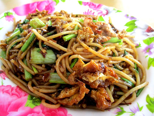 Rong Rong Seafood & Cafe fried chao chai hung ngang