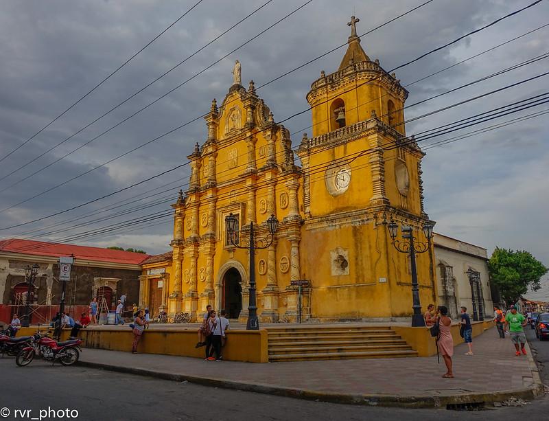 Iglesia La Recolección, León, Nicaragua
