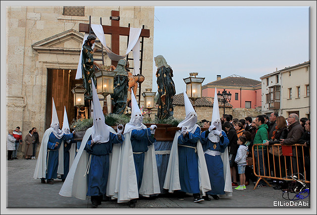 Procesión del Santo Entierro en la Semana Santa de Briviesca 2017 18