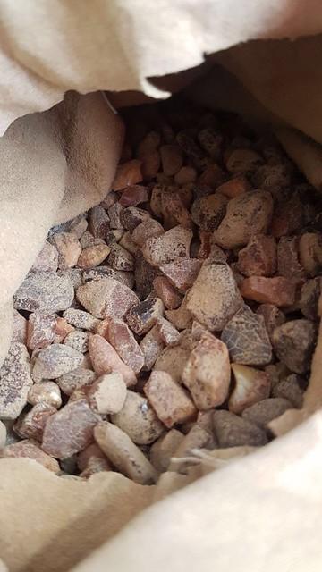 СБУ припинила на Рівненщині діяльність угруповання з незаконного видобутку та збуту бурштину
