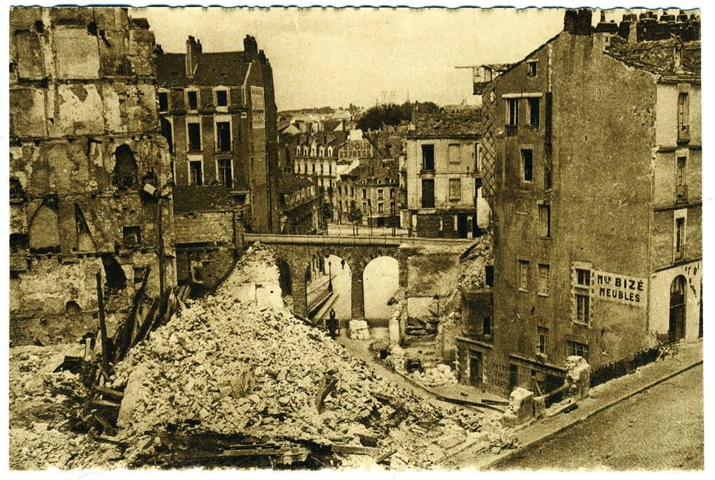bombardements alli s de nantes 16 septembre 1943 la rue. Black Bedroom Furniture Sets. Home Design Ideas
