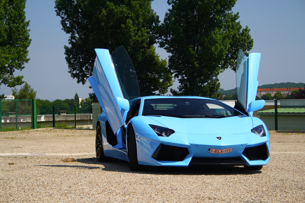 Blue Aventador Other Shot Of This Cool Aventador Saw In Su Flickr